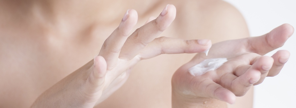 Diferencias entre cremas hidratantes y emolientes
