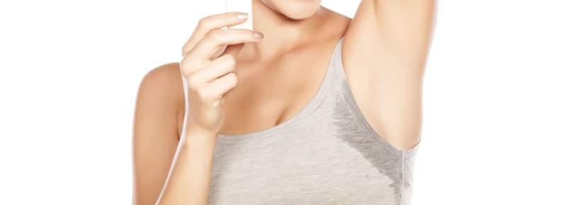 ¿Interfiere en tu vida la sudoración axilar?